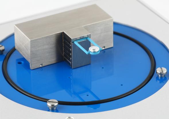Linseis Chip-DSC10 Tiegel und Sensor