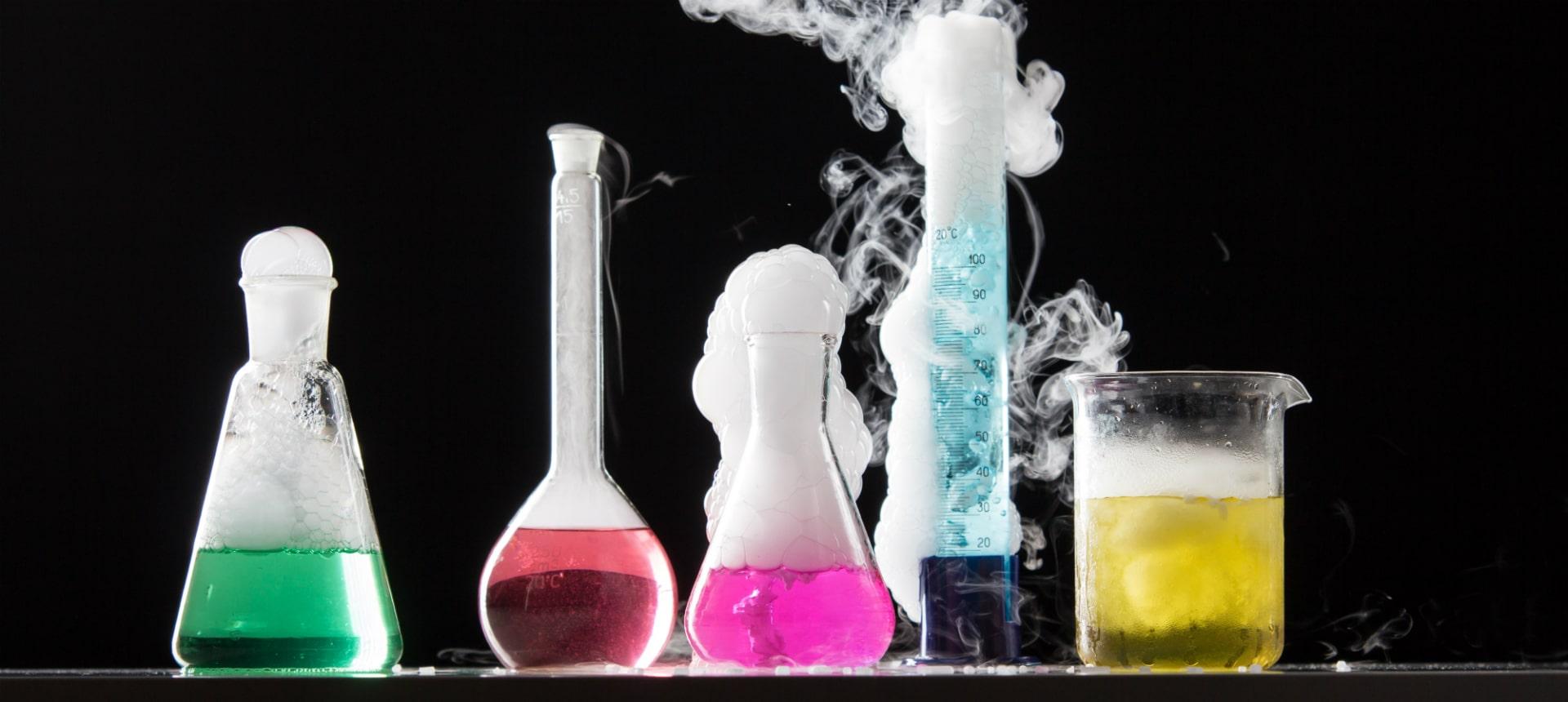 Reagenzgläser in der Chemie