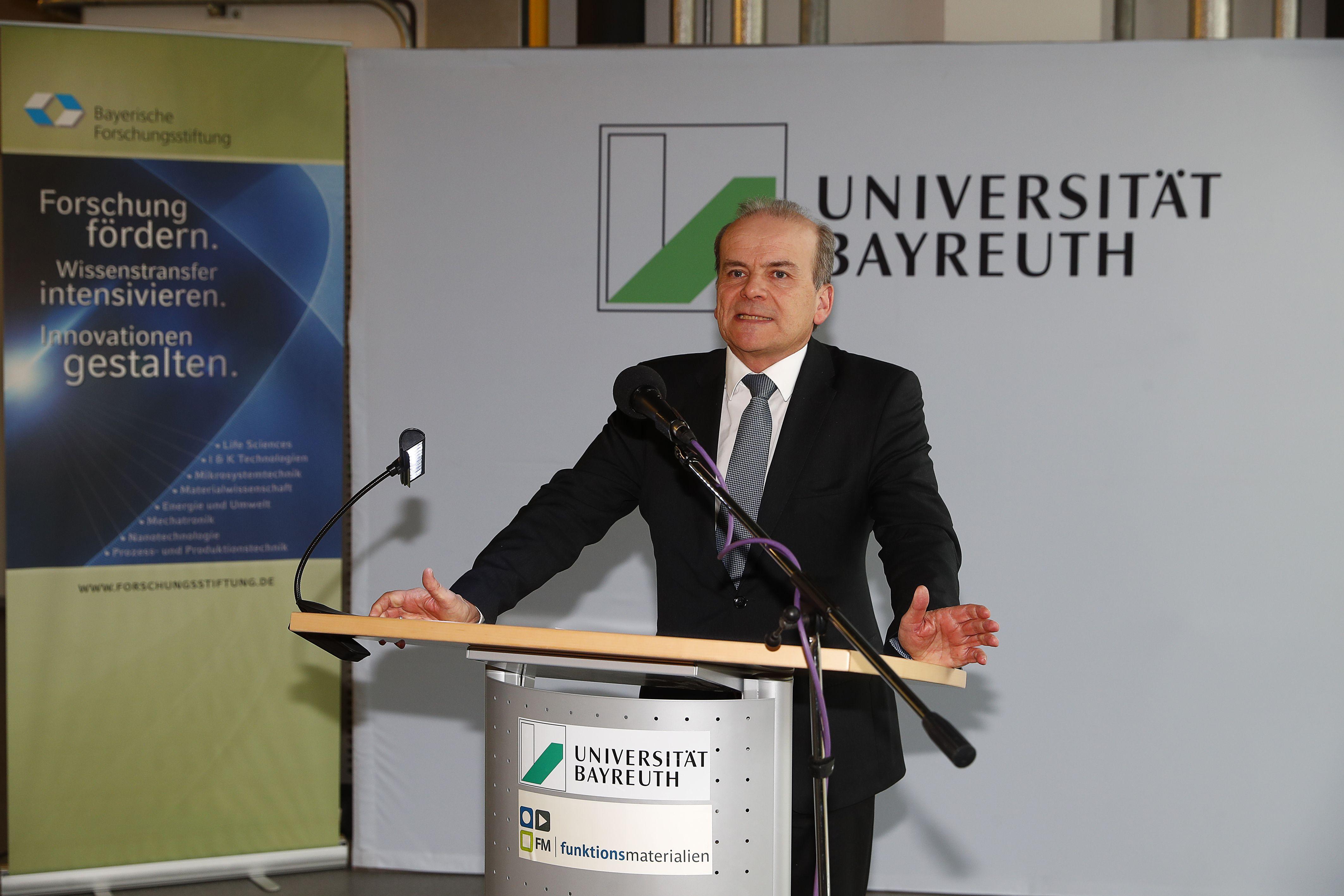 Ministerialdirektor Dr. Rolf-Dieter Jungk an der Universität Bayreuth