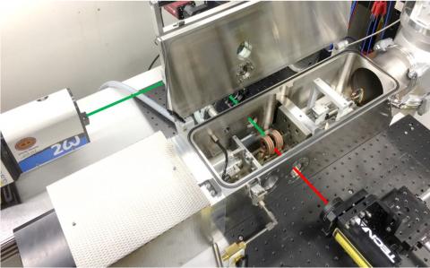 Adaptiertes Laser-Ultraschall System an einem Dilatometer vom Typ DIL L78/RITA